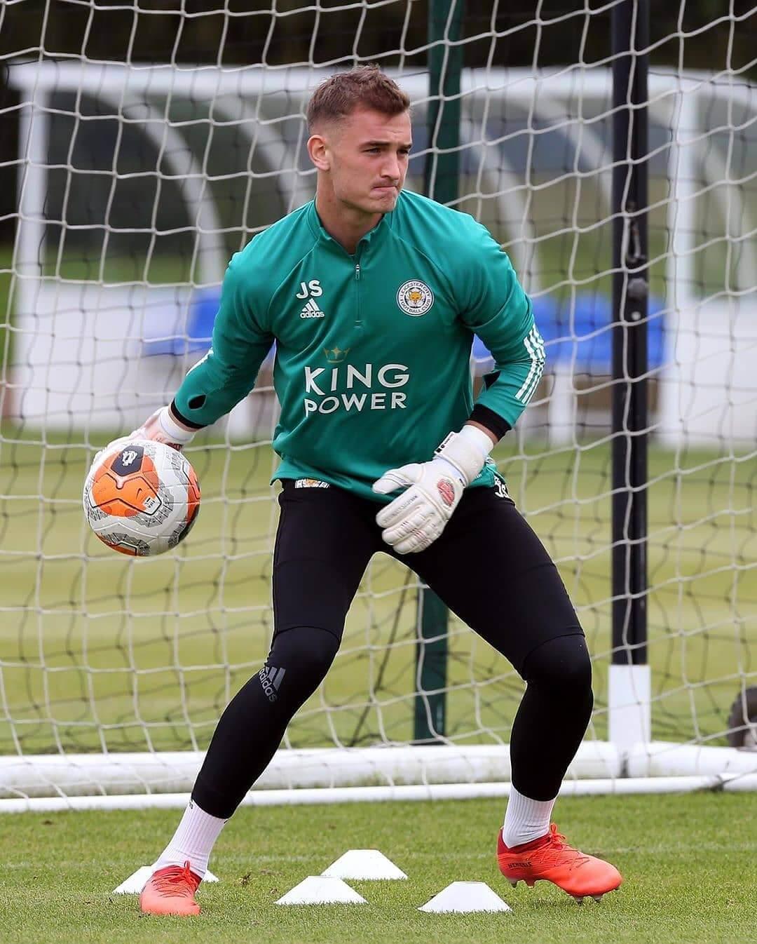 Jakub_Stolarczyk_-_Leicester_City2.jpg